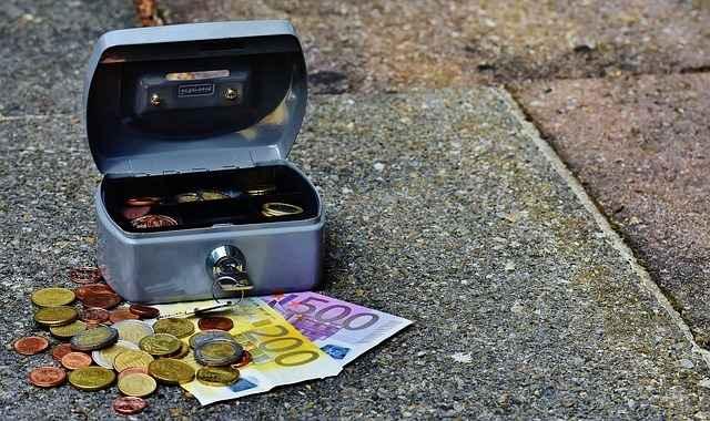 Der Verlust des Bargelds beim Einbruch