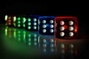 Paradise Papers und Glücksspiel-Studie zeigen: Regulierung von Online-Casinos und Wettanbietern überfällig