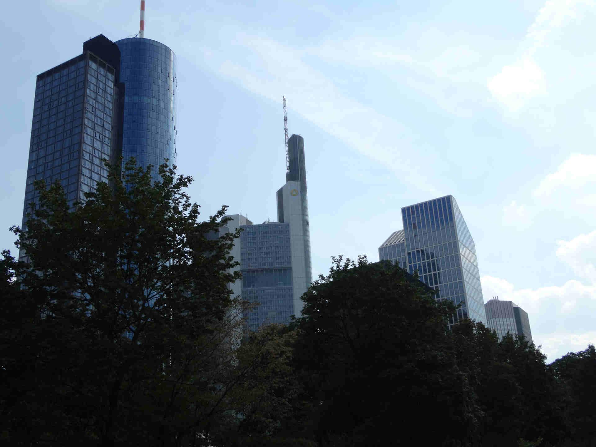 Broker aus der EU vor deutsche Gerichte