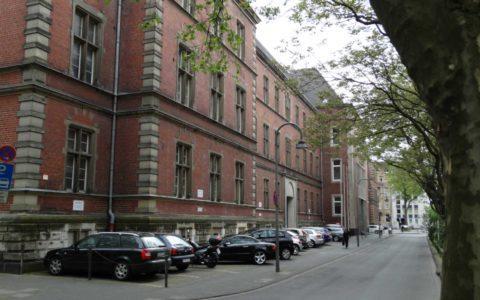 Kinderreiche Vorsitzende Richter in NRW - und ihre zu niedrige Besoldung