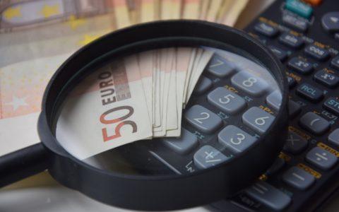 Vorenthalten und Veruntreuen von Arbeitsentgelt - und die geschuldeten Beträge