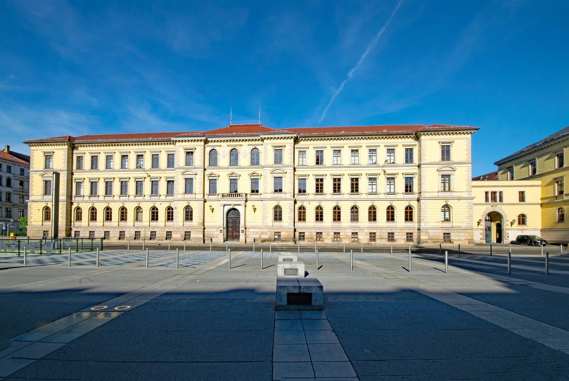 Die Hauptverhandlungstage des angehenden Fachanwalts für Strafrecht – und der Dreijahreszeitraum