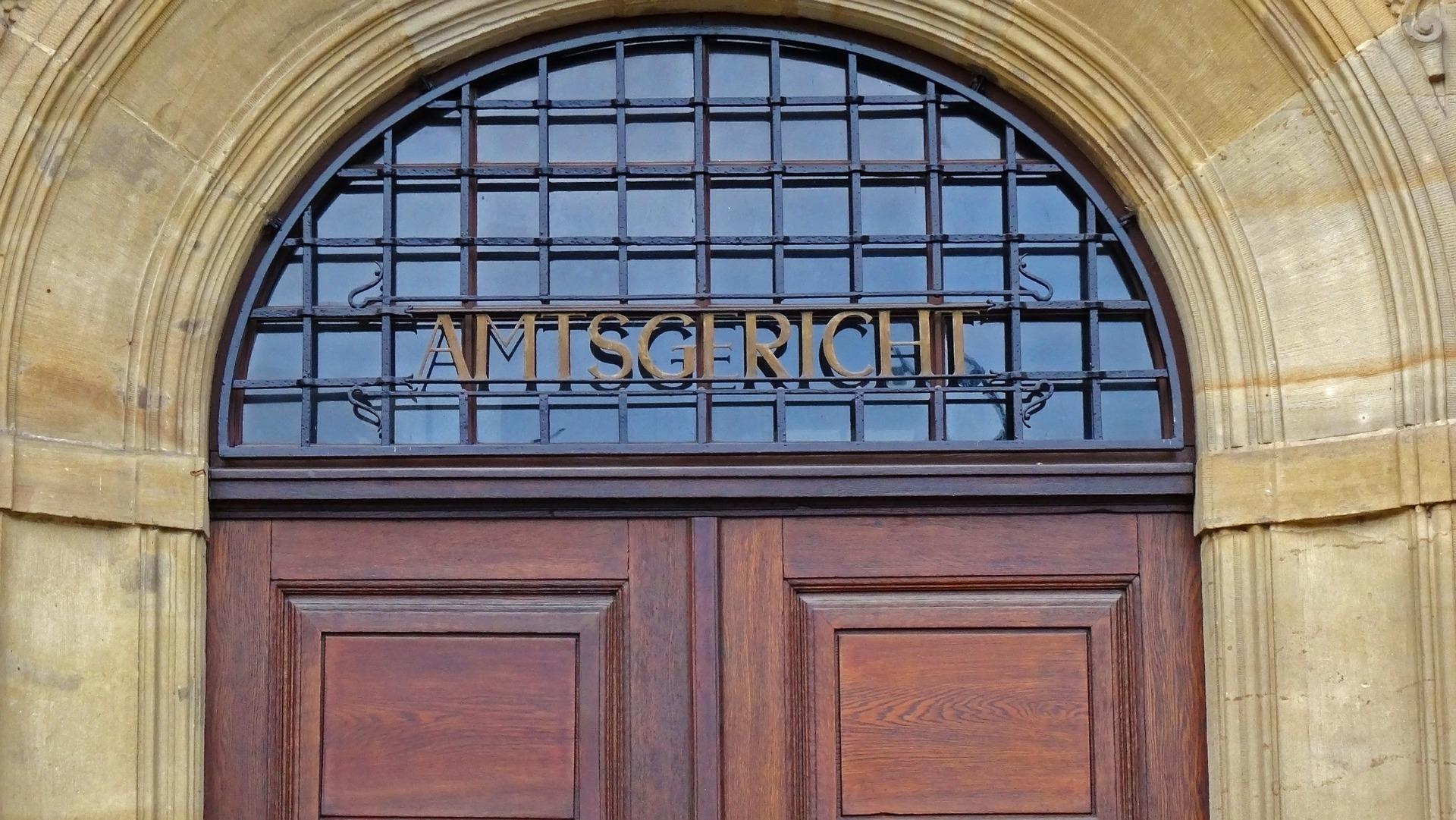 Grundsätzlichen Bedeutung einer Rechtsfrage - und die Verletzung der Rechtschutzgarantie