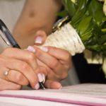 Der vom Ehegatten abgeschlossene Stromlieferungsvertrag