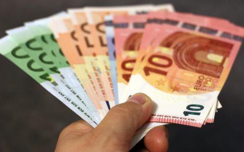 Zahlungsansprüche  aus einer Höhergruppierung - und  die Ausschlussfrist