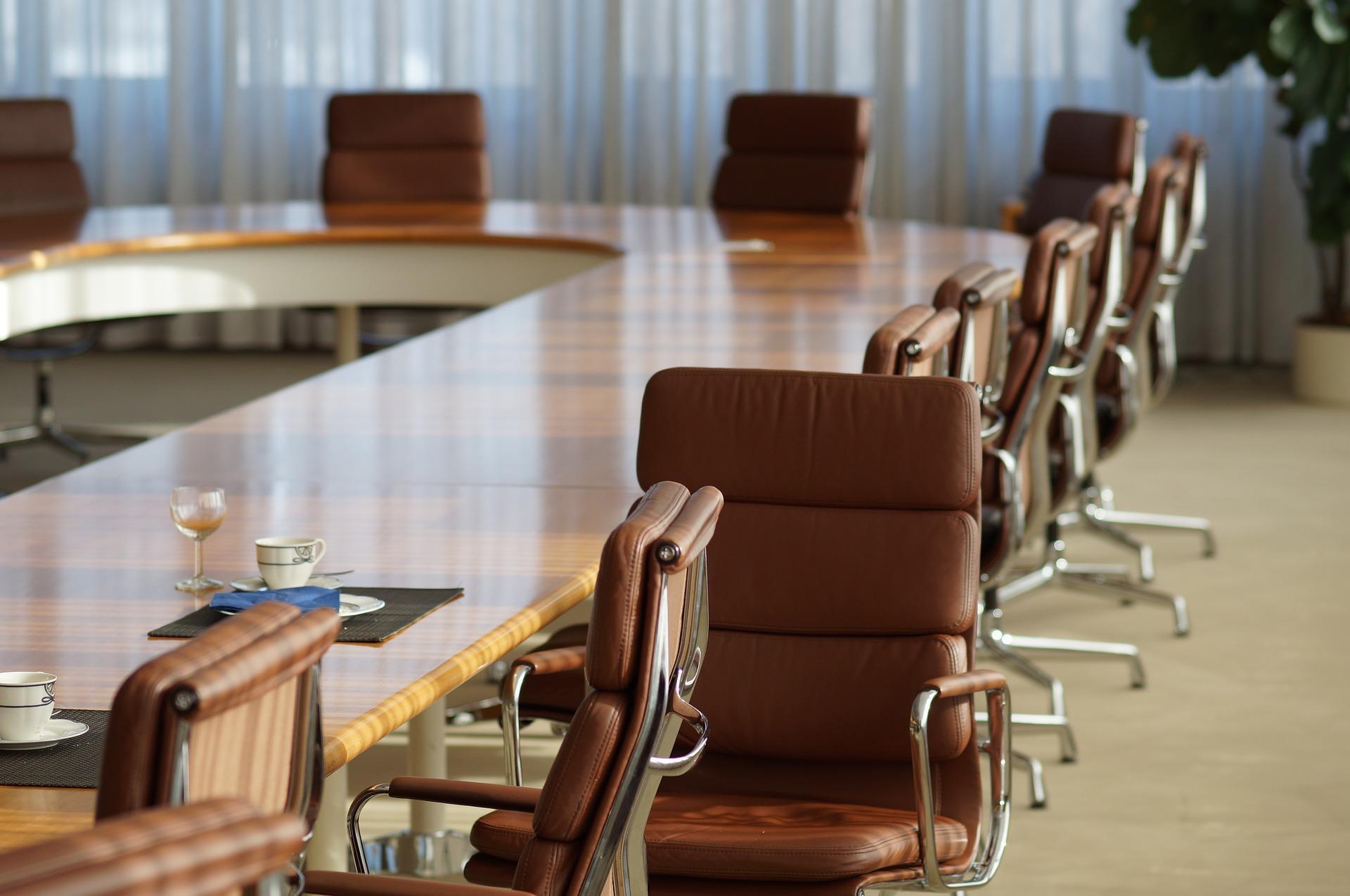 Unternehmensorganisation - und der Lauf der Kündigungserklärungsfrist