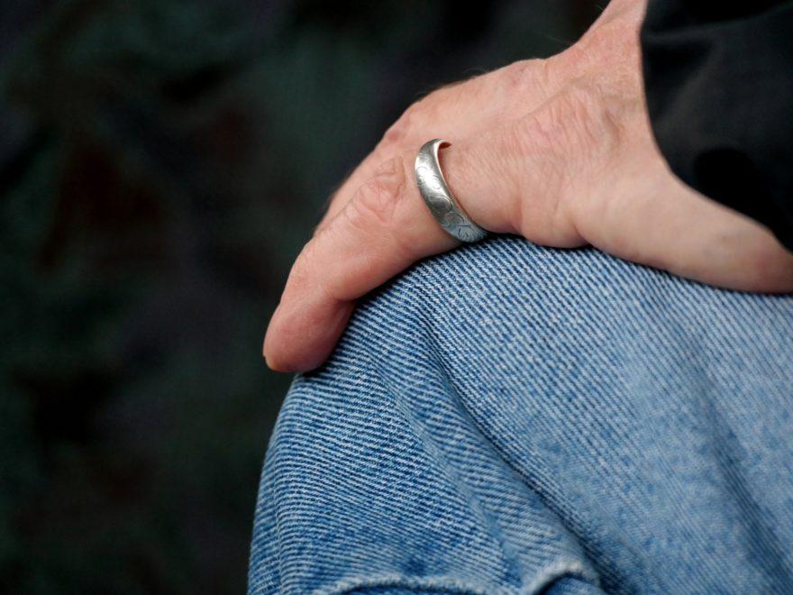 Betriebliche Altersversorgung - und die Altersabstandsklausel bei der Witwenpension