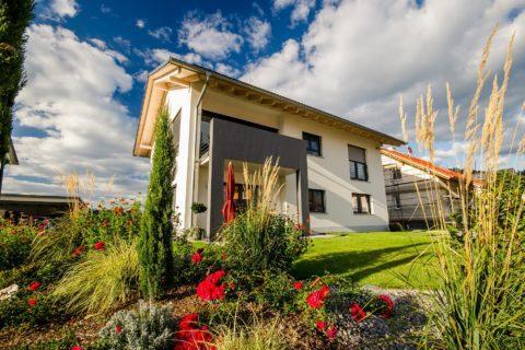 Wohnungsüberlassung und die Senkung der Barunterhaltsverpflichtung