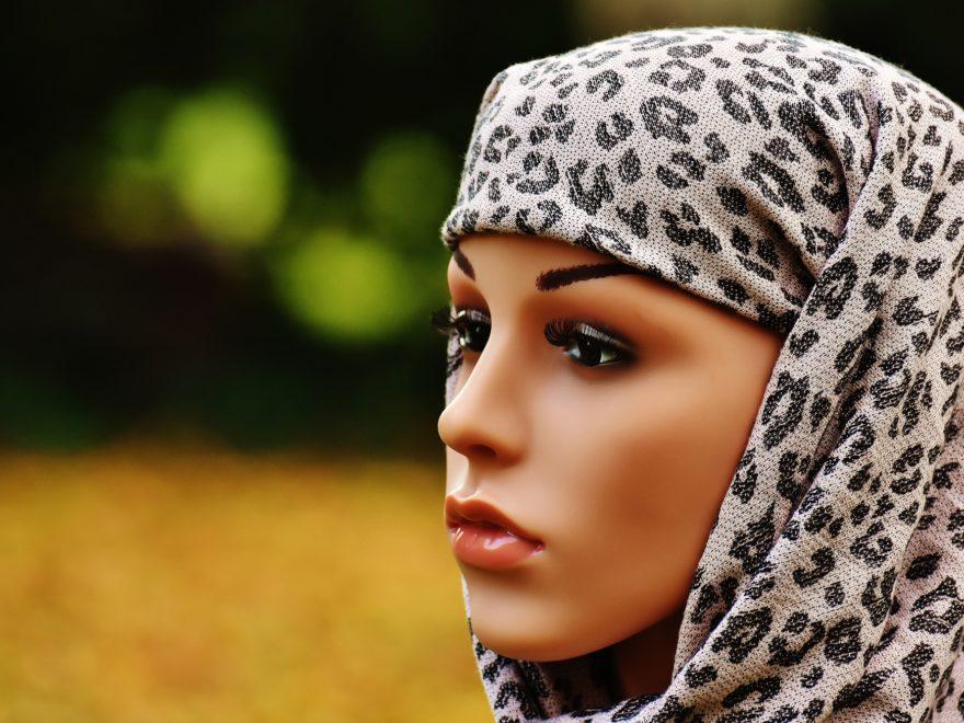 Betriebliche Kleiderordnung - und das Kopftuchverbot