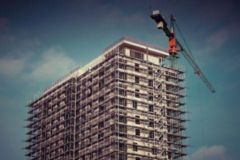 Grundrechtsbindung kommunal beherrschter Wohnungsbauunternehmen