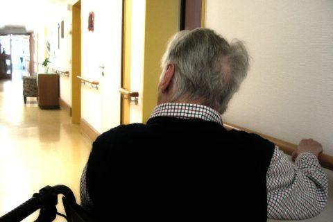 Einschränkungen des Besuchsrechts in Pflegewohnheimen