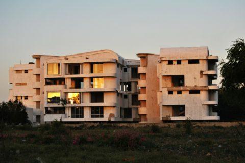 Zwangsversteigerung wegen Wohngeldrückständen - und der von der Staatsanwalt ausgebrachte Vermögensarrest