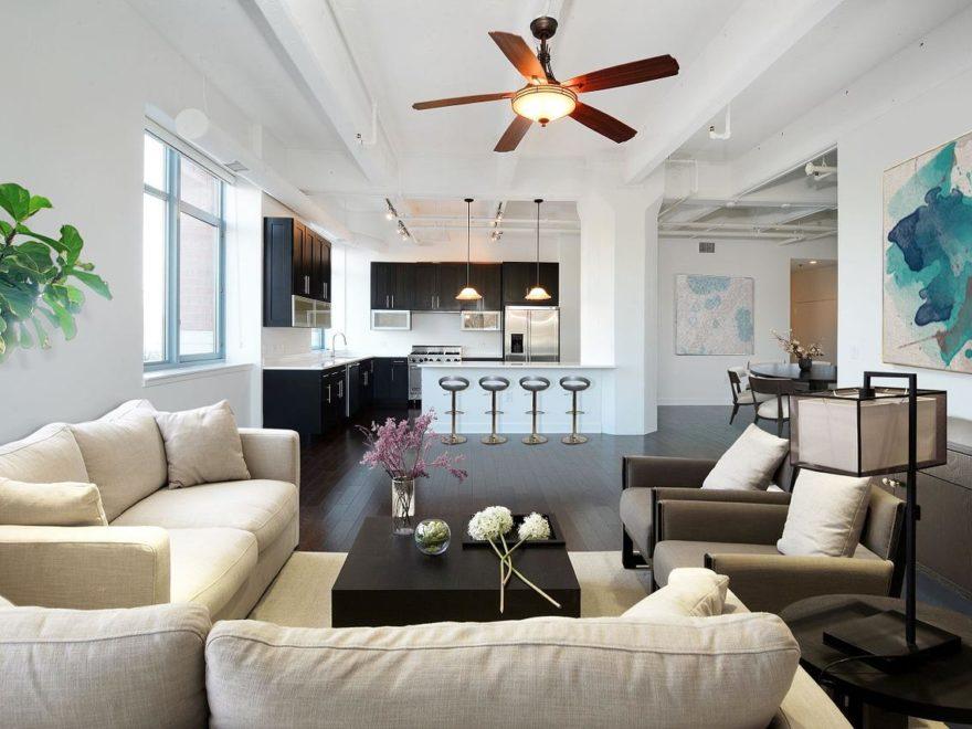 Häusliches Arbeitszimmer – und die Umbaukosten fürs Badezimmer