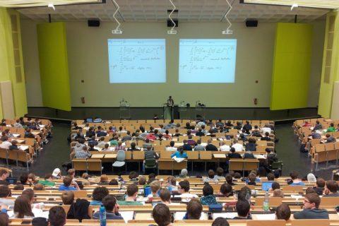 Kindergeld während des Studiums - und die nicht angetretene letztmalige Prüfung