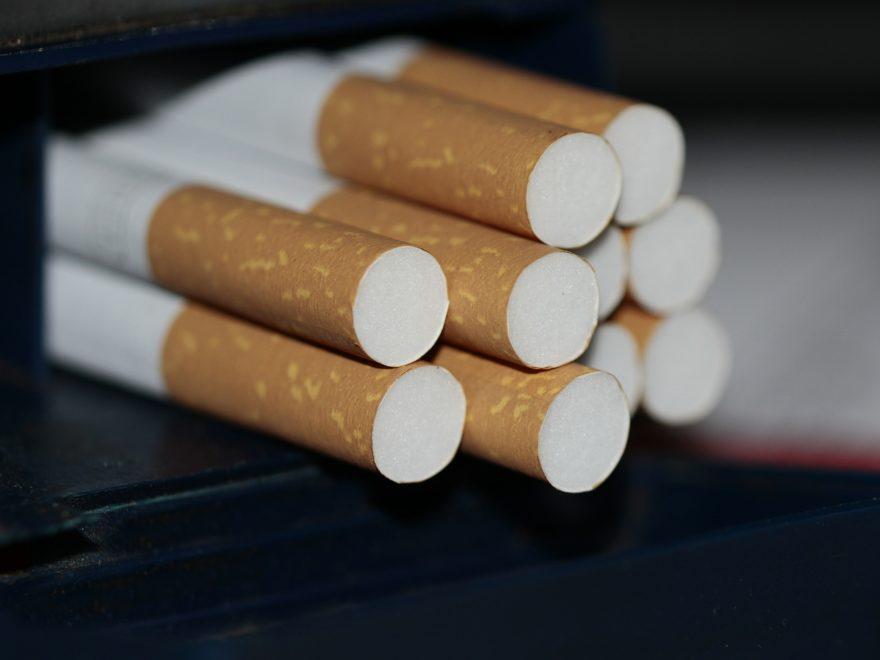 Mithilfe beim Zigarettenschmuggel