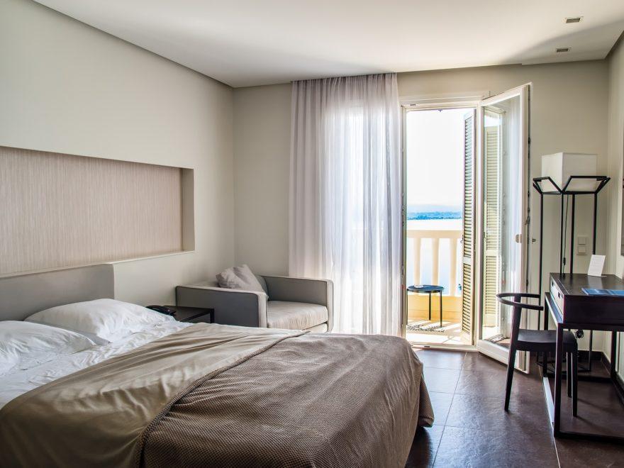 Hotelzimmer - und die Sicherheitsvorschriften im Reiseland