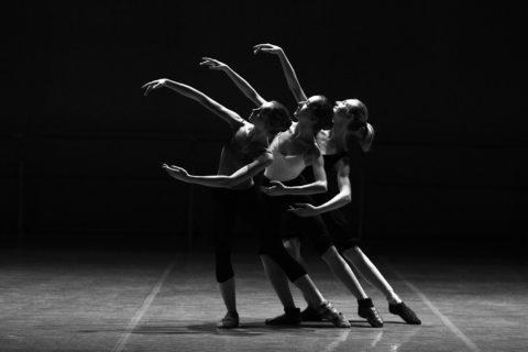 Nichtverlängerungsmitteilung - und die Altersdiskriminierung des Bühnenmitarbeiters