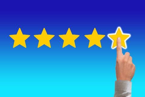 Bewertungsmanagement: Fake-Bewertungen leicht erkennen