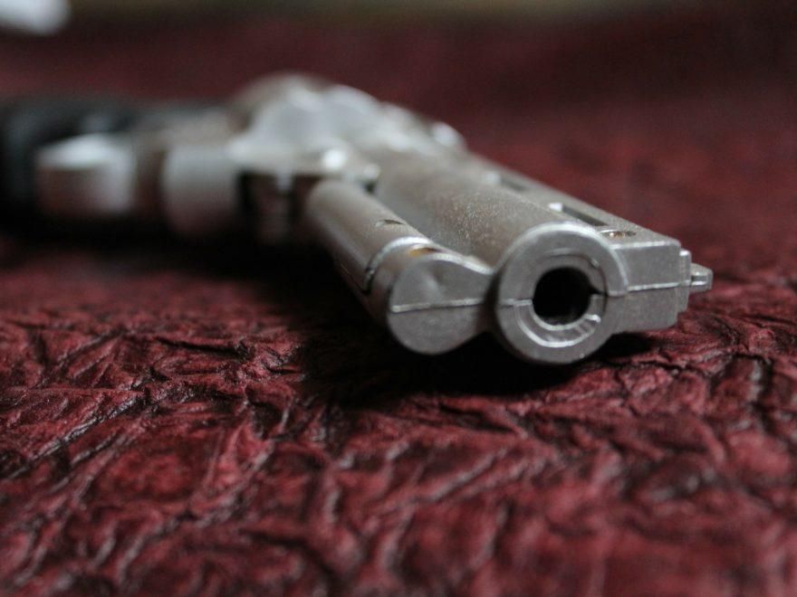 Mord – und der Gehilfenvorsatz des Waffenverkäufers