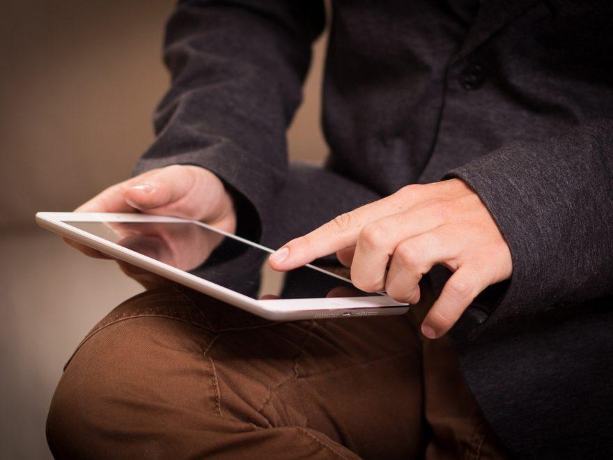 Das Tablet für den Schüler – als pandemiebedingter Mehrbedarf