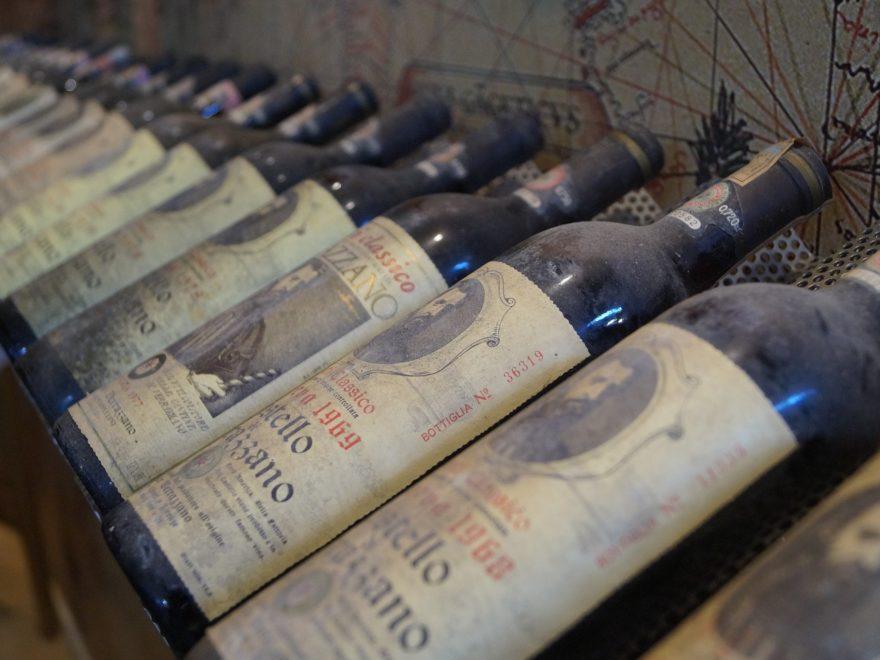 Die gefälschten Weinflaschen